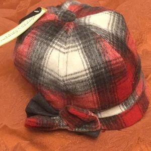 NWT Plaid Newsboy Hat with Bow